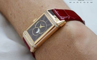 Watch for women : the new JLC Reverso One Duetto Moon